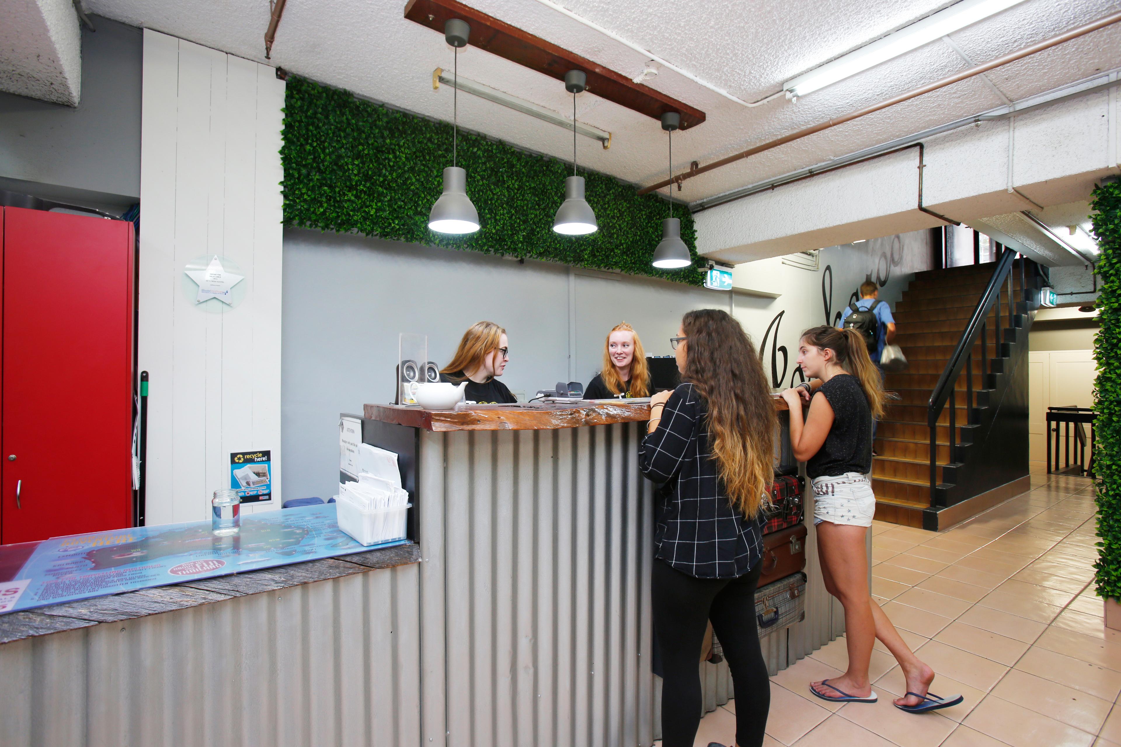 Nett Budget Küchen Badezimmer Sydney Zeitgenössisch - Ideen Für Die ...